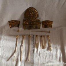 Antigüedades: JUEGO PEINETAS Y ADEREZOS FALLERA VALENCIANA, FALLAS VALENCIA ALFILERES. Lote 215437440