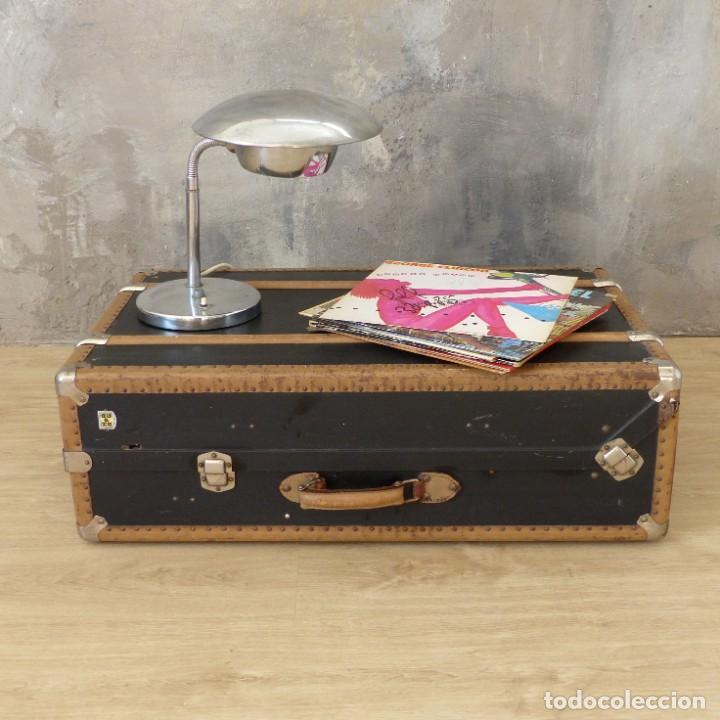 Antigüedades: Antigua maleta / bául de viaje de la segunda guerra mundial de HAPAG LLOYD. 1939 - 1945 - Foto 3 - 189434441