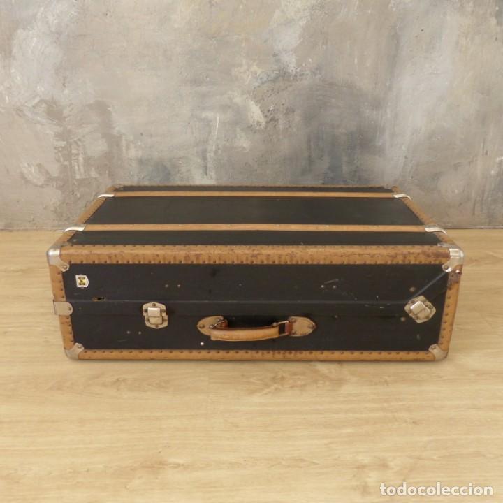 Antigüedades: Antigua maleta / bául de viaje de la segunda guerra mundial de HAPAG LLOYD. 1939 - 1945 - Foto 4 - 189434441