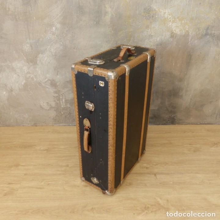 Antigüedades: Antigua maleta / bául de viaje de la segunda guerra mundial de HAPAG LLOYD. 1939 - 1945 - Foto 5 - 189434441