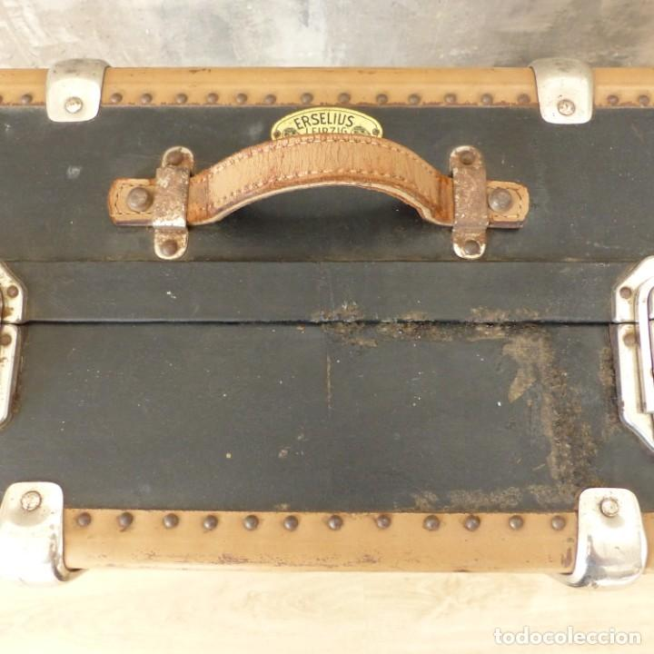 Antigüedades: Antigua maleta / bául de viaje de la segunda guerra mundial de HAPAG LLOYD. 1939 - 1945 - Foto 6 - 189434441