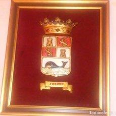 Antigüedades: CUADRO CON ESCUDO DE ZARAUZ (PAIS VASCO - EUSKADI). Lote 189436617