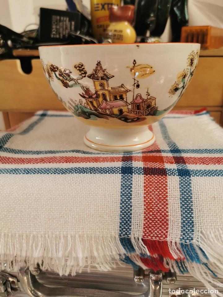 ANTIGUO CUENCO DE PORCELANA CHINA PINTADO A MANO CON MOTIVOS DE CASTILLOS (Antigüedades - Porcelanas y Cerámicas - China)