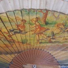 Antigüedades: ABANICO AÑOS 40 50 PINTADO A MANO MOTIVOS NIÑOS DÍA DE CAMPO. Lote 189495526
