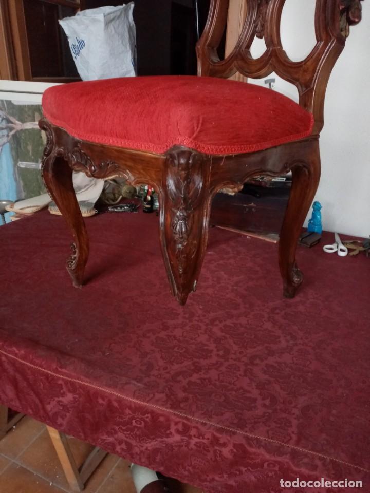 Antigüedades: silla tallada con fallo - Foto 4 - 189591590