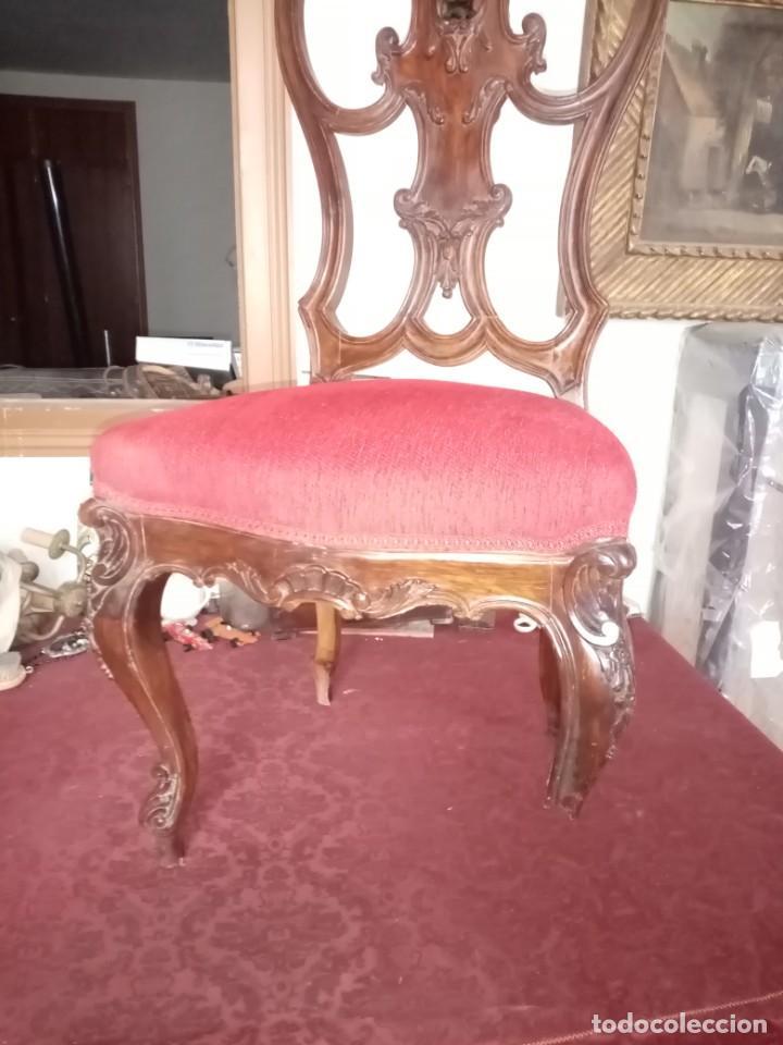 Antigüedades: silla tallada con fallo - Foto 5 - 189591590