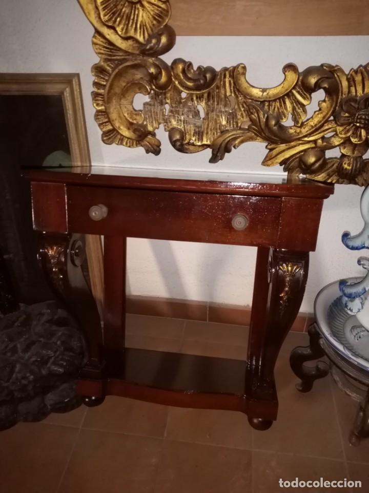 Antigüedades: mesitas de noche de madera - Foto 6 - 189596393