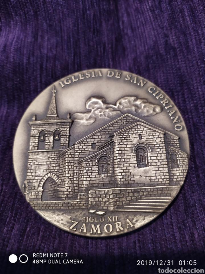 ROMÁNICO ZAMORANO, SAN CIPRIANO, METOPA BRONCE PULIDO, ÚNICA, VER (Antigüedades - Hogar y Decoración - Otros)
