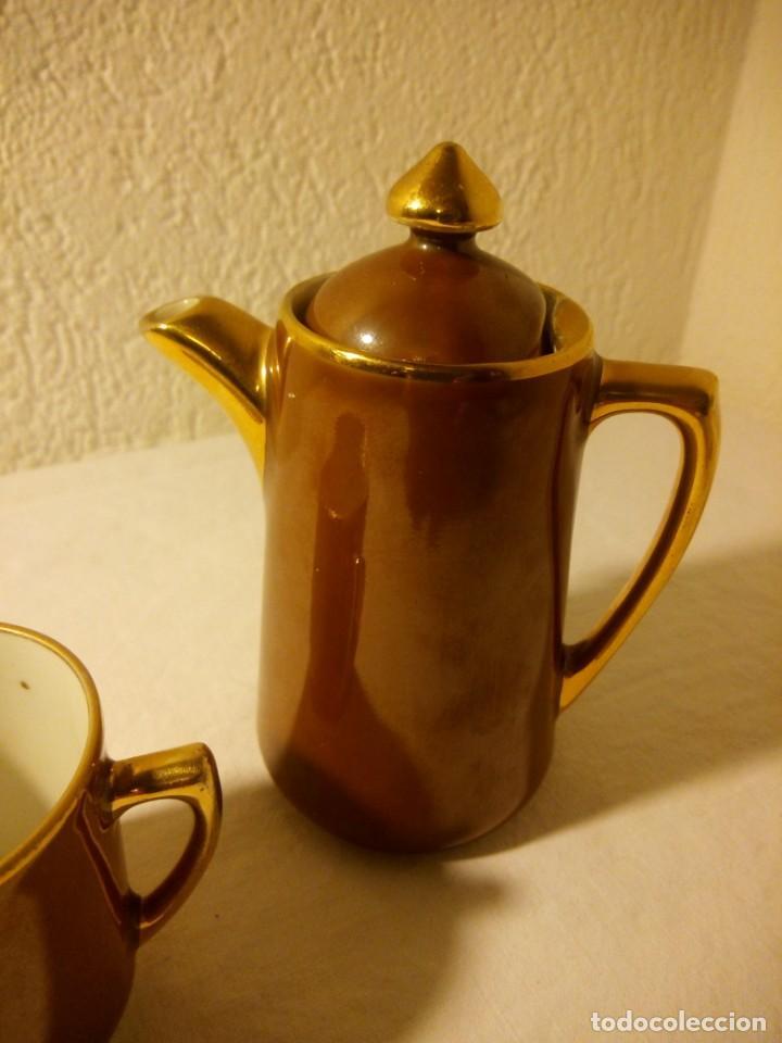 Antigüedades: Solitario de taza y cafetera de porcelana s.p.m. walkiire - Foto 3 - 189645653