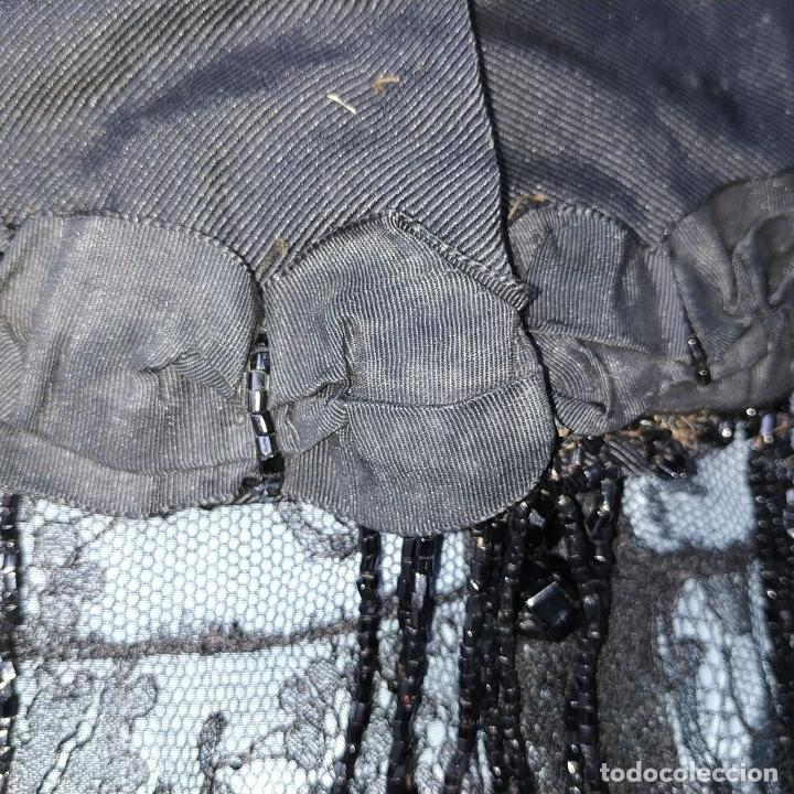 Antigüedades: CONJUNTO DE BLUSA Y CUELLO DE DAMA. OTOMÁN Y ENCAJE NEGRO. CONFECCIÓN MANUAL. ESPAÑA. SIGLO XIX - Foto 13 - 189738477