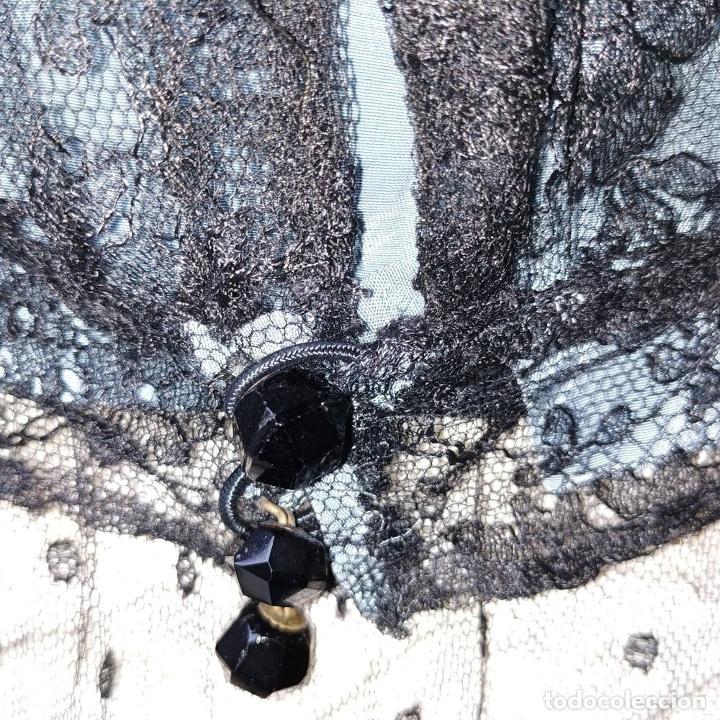 Antigüedades: CONJUNTO DE BLUSA Y CUELLO DE DAMA. OTOMÁN Y ENCAJE NEGRO. CONFECCIÓN MANUAL. ESPAÑA. SIGLO XIX - Foto 29 - 189738477