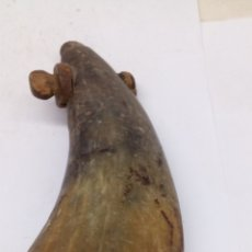 Antigüedades: POLVORERA DE ASTA CITE SOBRE 1900 AVAN CARGA ECHA A MANO. Lote 189738771