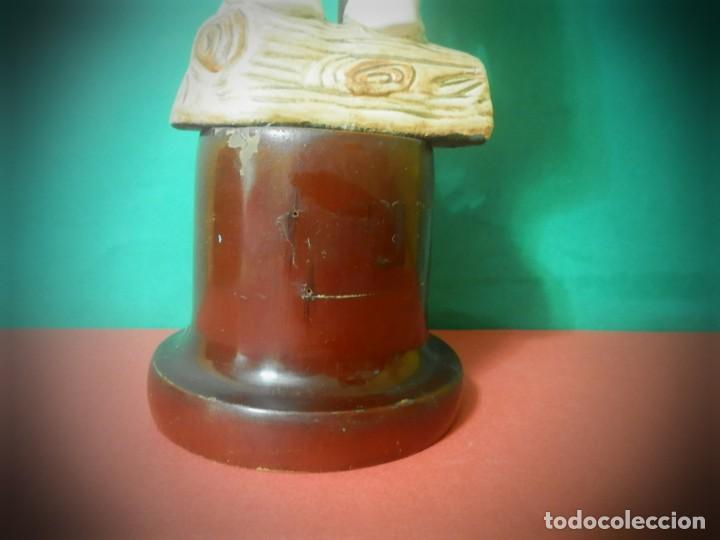 Antigüedades: FIGURA ANTIGUA AIZKOLARI EN PEANA DE MADERA. 35 CENTIMETROS - Foto 8 - 189766981