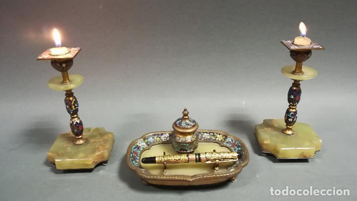 Antigüedades: ESCRIBANIA MODERNISTA CON CANDELEROS EN ONIX Y CLISONNÉ - Foto 3 - 189815763