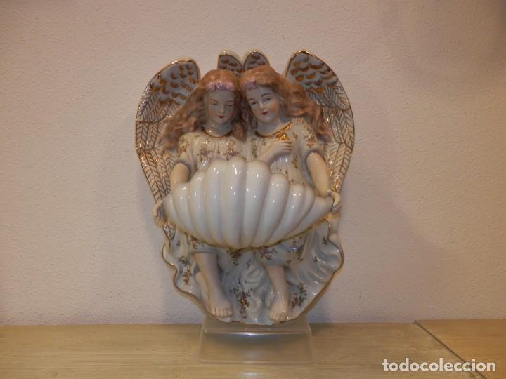 Antigüedades: BONITA BENDITERA CON ANGELES, GRANDE, 40 X 32 CM, PORCELANA MEISSEN R.B., 1ª MITAD DEL SIGLO XX - Foto 4 - 189899858