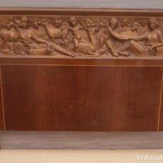 Antiquités: CAMA ANTIGUA ESTILO CATALAN O INGLESA CABECERO 1 METRO Y 59 CMS DE ANCHO X 1 METRO Y 15 CMS. DE LARG. Lote 189935282
