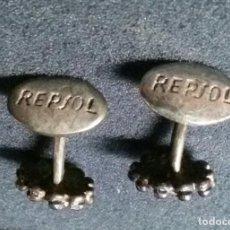 Antigüedades: BONITOS ANTIGUOS GEMELOS REPSOL . Lote 189954721