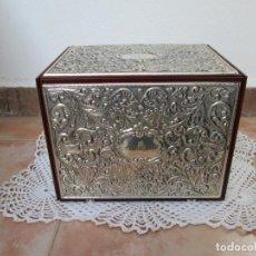 Antigüedades: ANTIGUA CAJA DE MADERA Y PLATA ITALSILVER FARGO EUROP,. Lote 189962421