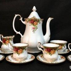 Antiguidades: JUEGO DE TÉ O CAFÉ ROYAL ALBERT BONE CHINA ENGLAND OLD COUNTRY ROSES. Lote 189973500