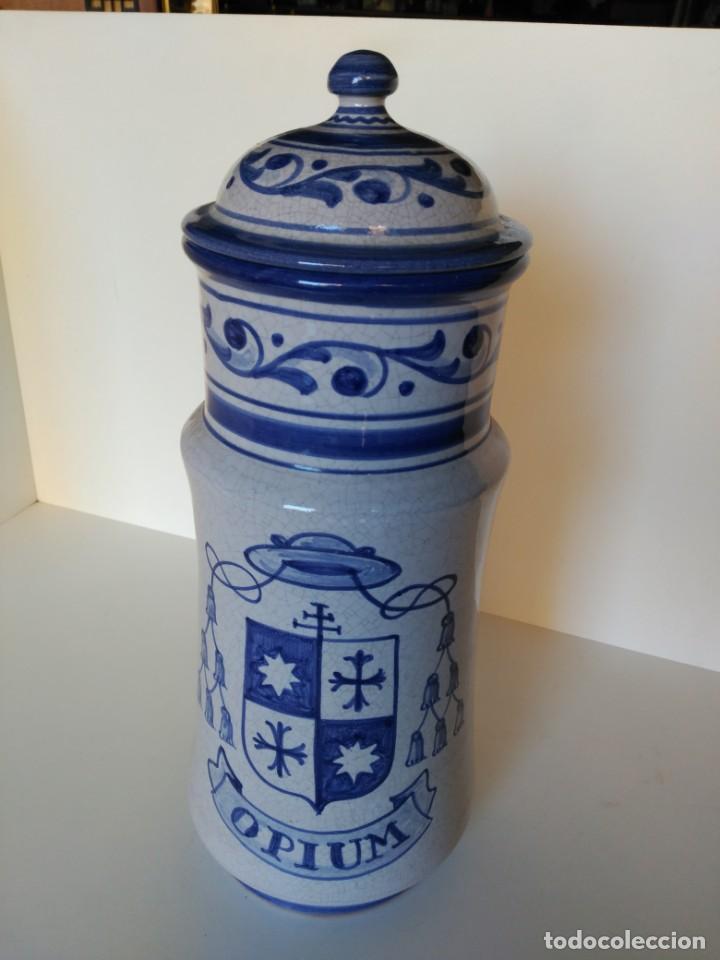 GRAN ALBARELO O TARRO DE FARMACIA, OPIUM, PUENTE DEL ARZOBISPO (Antigüedades - Porcelanas y Cerámicas - Puente del Arzobispo )