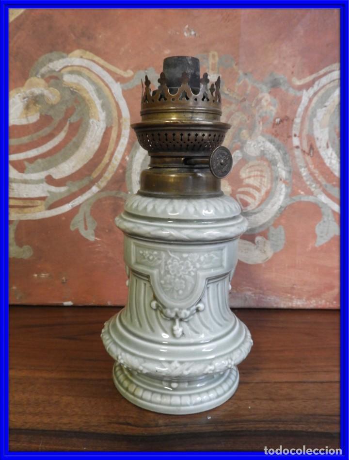 QUINQUE DE PORCELANA ANTIGUO KOSMOS BRENNER (Antigüedades - Iluminación - Quinqués Antiguos)