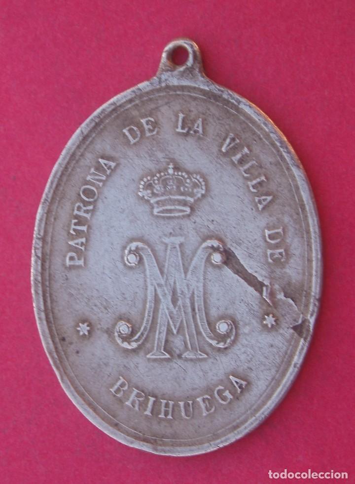Antigüedades: Gran Medalla Siglo XIX Cofradía Virgen de la Peña. Brihuega. Guadalajara. - Foto 2 - 190089451
