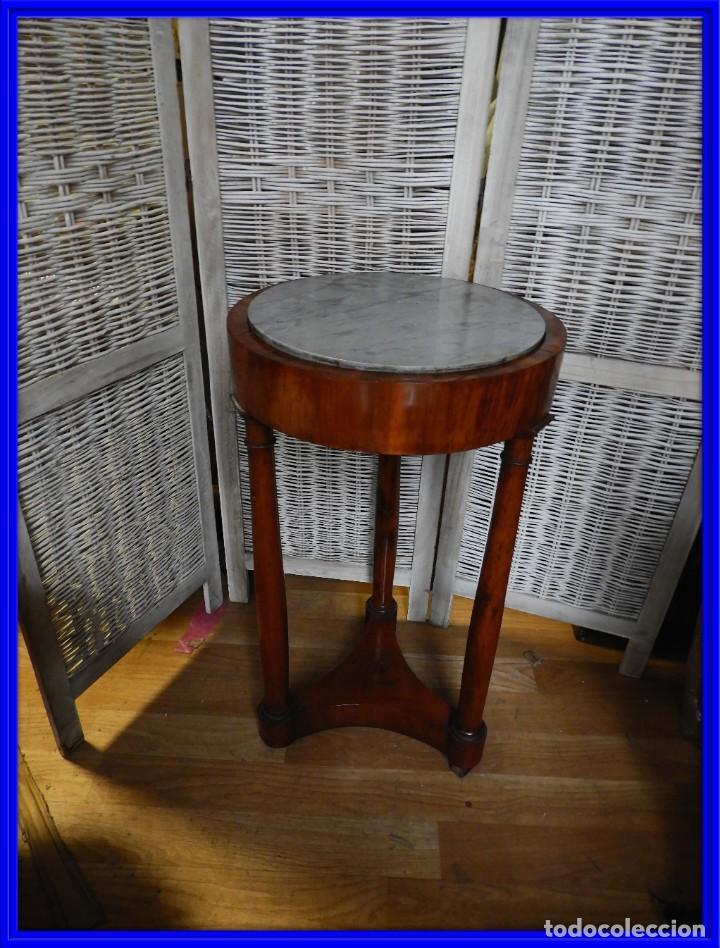MESA AUXILIAR DE NOGAL EPOCA RESTAURACION S. XIX (Antigüedades - Muebles Antiguos - Veladores Antiguos)