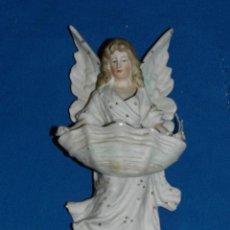 Antigüedades: (M) ANTIGUA BENDITERA S.XIX DE BISCUIT - 19X8 CM. VER DESCRIPCIÓN. Lote 190431257
