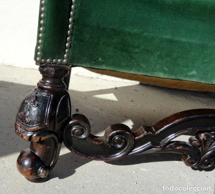 Antigüedades: Sofa y dos sillones orejeros SXIX, terciopelo verde, patas talladas . solo recogida en almacen - Foto 12 - 190432452