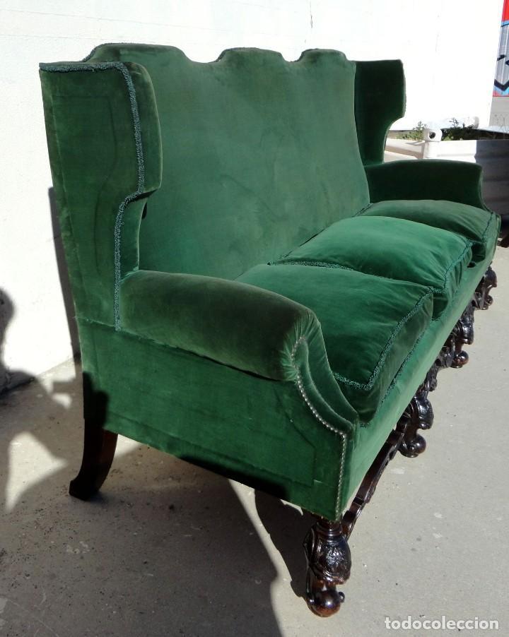 Antigüedades: Sofa y dos sillones orejeros SXIX, terciopelo verde, patas talladas . solo recogida en almacen - Foto 13 - 190432452