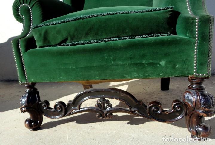 Antigüedades: Sofa y dos sillones orejeros SXIX, terciopelo verde, patas talladas . solo recogida en almacen - Foto 15 - 190432452