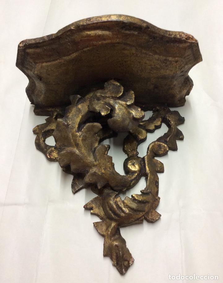 ANTIGUA PEANA EN MADERA DORADA ,PARA FIGURA RELIGIOSA (Antigüedades - Religiosas - Artículos Religiosos para Liturgias Antiguas)