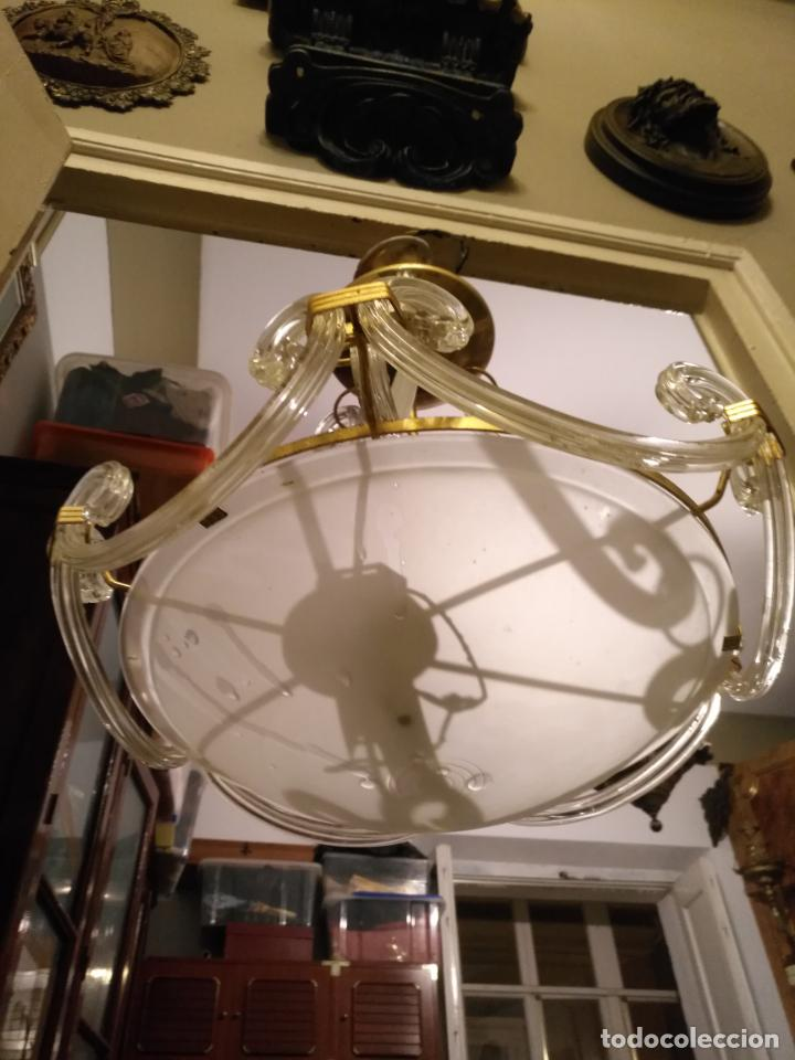 Antigüedades: gran lampara de cristal salon , techo . brazos cristal y tulipa, metal dorado - ancho maximo 50 cm - Foto 2 - 190479520