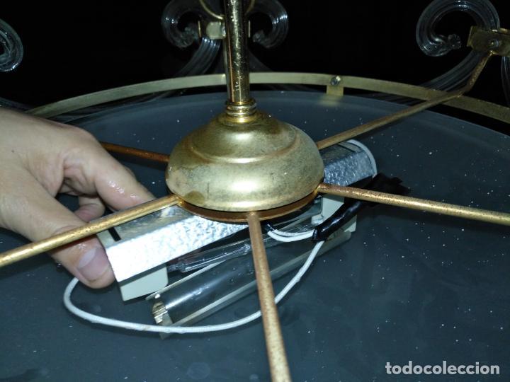 Antigüedades: gran lampara de cristal salon , techo . brazos cristal y tulipa, metal dorado - ancho maximo 50 cm - Foto 24 - 190479520