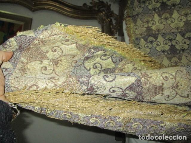 Antigüedades: ELEGANTE ANTIGUA COLCHA PARA CAMA DE 90 DORADA ADMITO OFERTAS !!!! - Foto 5 - 190504611