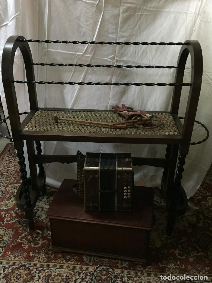 CAPERO ESPAÑOL - BURRO CAPERO (Antigüedades - Muebles Antiguos - Revisteros Antiguos)
