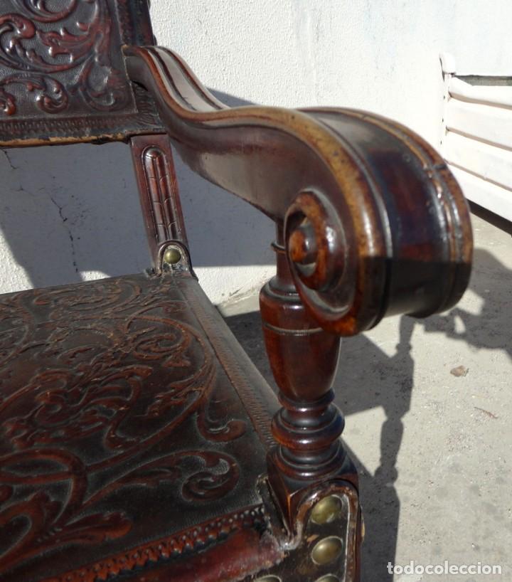Antigüedades: Sillon de cuero repujado, SXIX, renacimiento - Foto 12 - 190526095