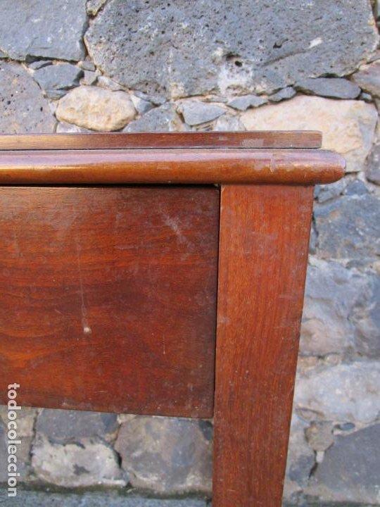 Antigüedades: Pequeña Mesa de Despacho Isabelina - Madera de Caoba - 92 cm Ancho, 51,5 Fondo - S. XIX - Foto 3 - 190537855