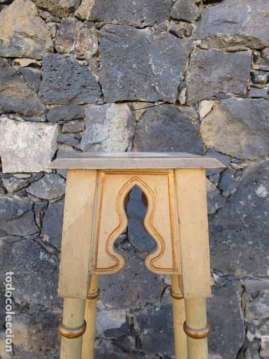 Antigüedades: Antiguo Pedestal Neoclásico - Peana, Pie, Repisa en Madera Policromada - Finales S. XIX - Foto 4 - 190541140