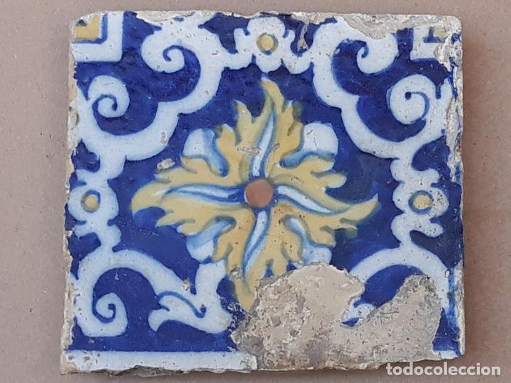 AZULEJO ANTIGUO DE TALAVERA / TOLEDO - SIGLO XVII. (Antigüedades - Porcelanas y Cerámicas - Talavera)