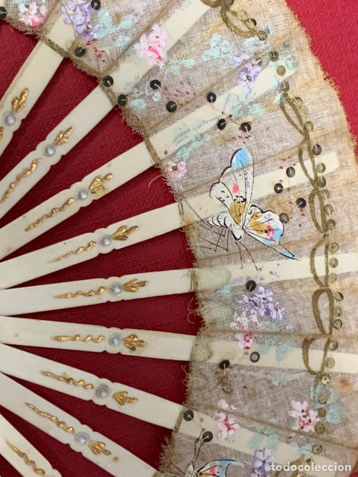 Antigüedades: Antiguo abanico de niña, en hueso o marfil - Foto 4 - 190614296