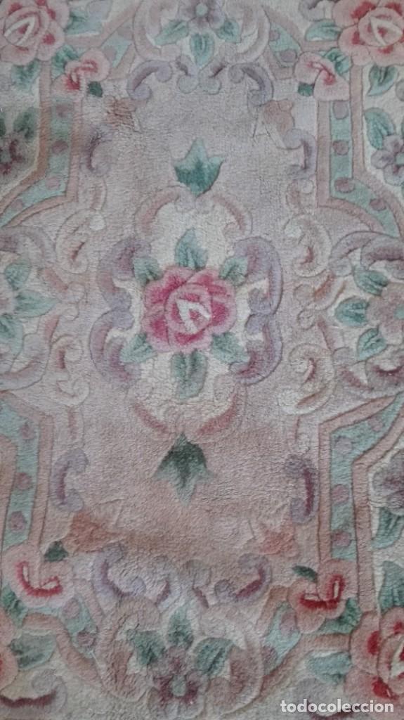 Antigüedades: Alfombra floreada color gris clarito - Foto 2 - 190640505