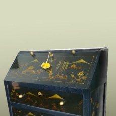 Antigüedades: ESCRITORIO COMODA JAPONESA AZUL MOTIVOS ORIENTALES. Lote 190692943