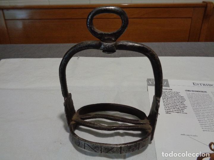 Antigüedades: estribo hierro forja siglo XVIII - Foto 3 - 190738430