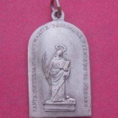 Antigüedades: MEDALLA ANTIGUA SANTA QUITERIA VIRGEN Y MÁRTIR. PATRONA DE FUENTE DEL FRESNO. MADRID.. Lote 190761041
