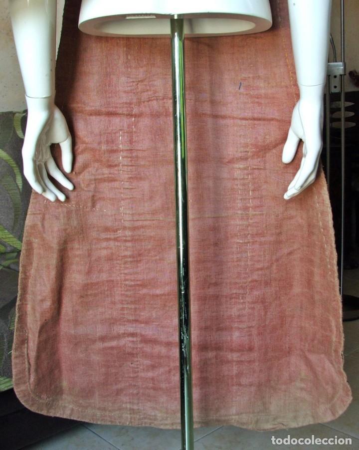 Antigüedades: Casulla del siglo XVII - XVIII en seda espolinada y bordados - Foto 9 - 190765723