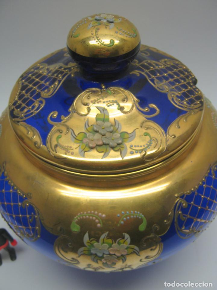 Antigüedades: Impresionante ponchera bombonera en cristal cobalto y oro - Foto 7 - 190772785