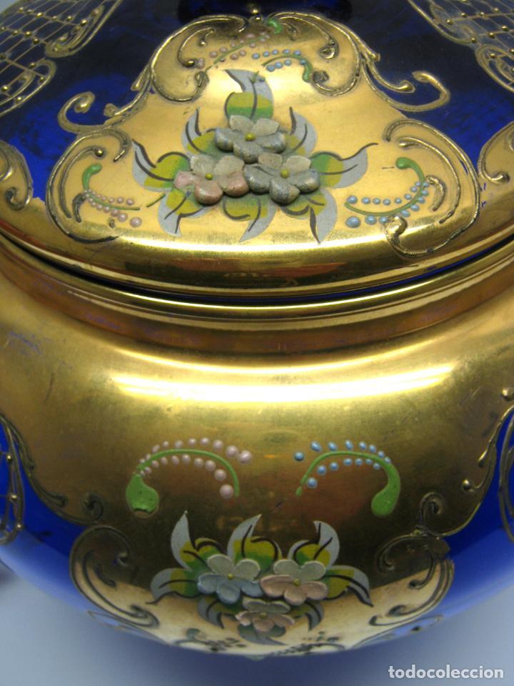 Antigüedades: Impresionante ponchera bombonera en cristal cobalto y oro - Foto 8 - 190772785