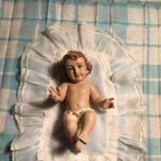 Antigüedades: ANTIGUO NIÑO JESÚS DE PEQUEÑO TAMAÑO MARCA LA MONTSERRATINA MANRESA AÑOS 40-50 . Lote 190779000