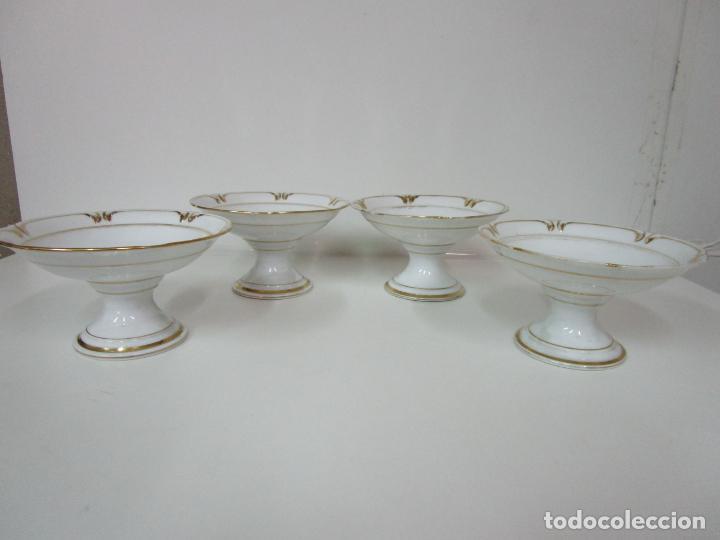 Antigüedades: Decorativo Juego de Fruteras Isabelinas - Frutera Porcelana Dorada - Altura 14 cm - S. XIX - Foto 2 - 190817563